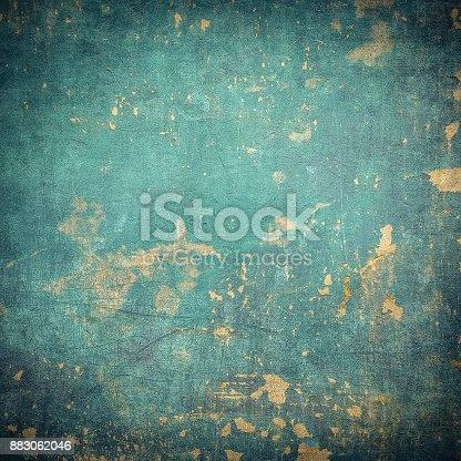 istock grunge wall 883062046