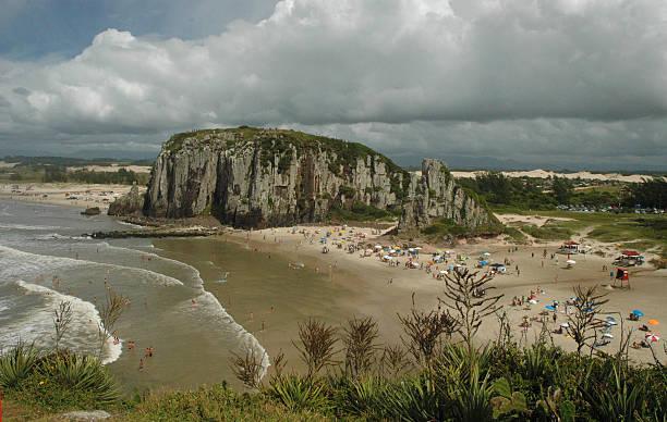guarita beach, health resort de towers, rio grande do sul - rio grande do sul - fotografias e filmes do acervo