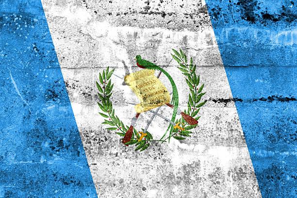 Bandera de Guatemala pintado en pared grunge - foto de stock