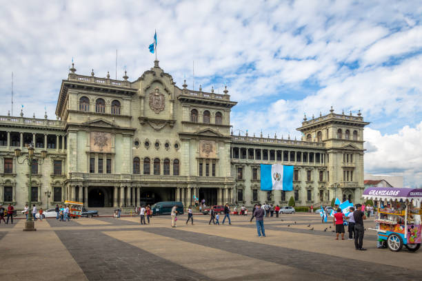 nationalpalast guatemala - guatemala-stadt, guatemala - guatemala stadt stock-fotos und bilder