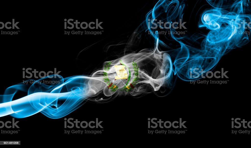 Bandera de Guatemala humo - foto de stock