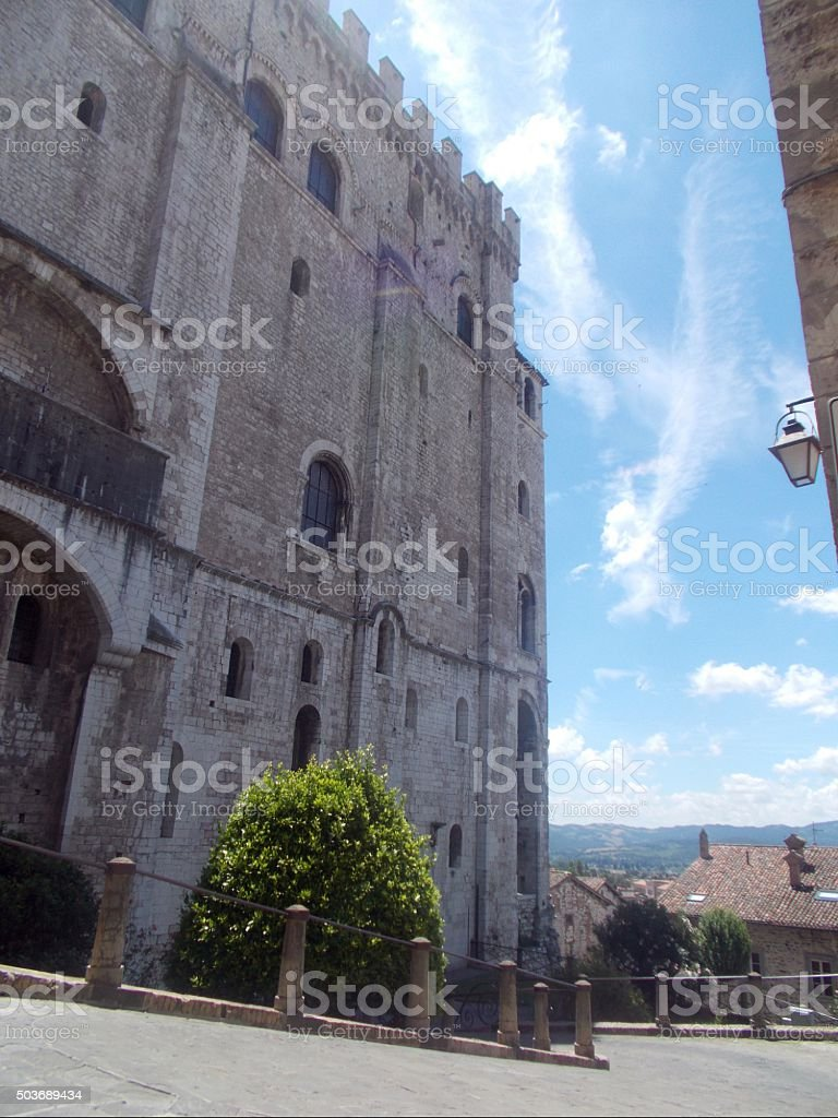 gubbio - palazzo dei consoli and street stock photo