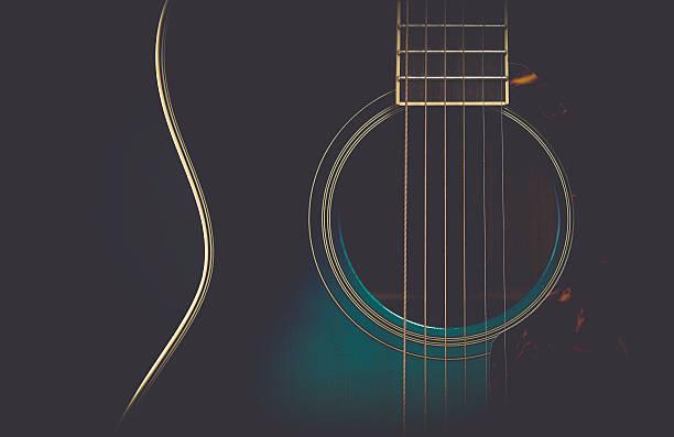 gitarre auf schwarz mit mattem finish - blues stock-fotos und bilder