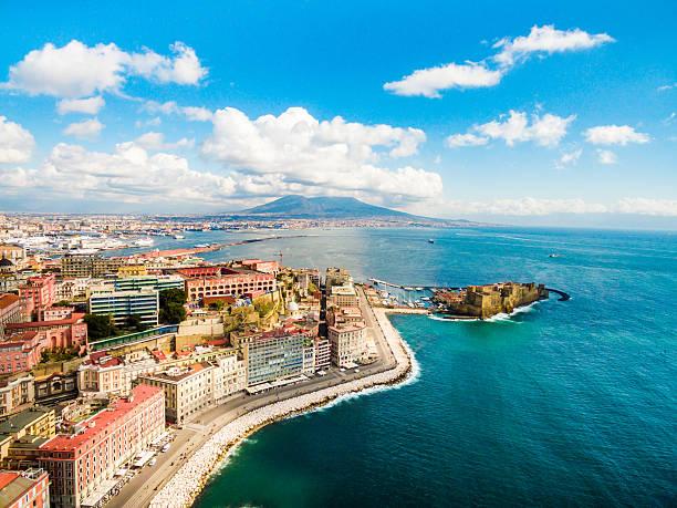 Golfo de Nápoles en Italia - foto de stock