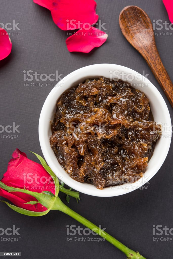 Gulkand, also known as Gulqand, is a sweet preserve of rose petals popular in India, usually used in chewing paan masala. foto stock royalty-free