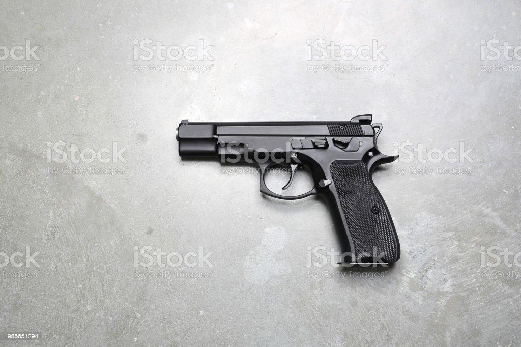 gun – Foto