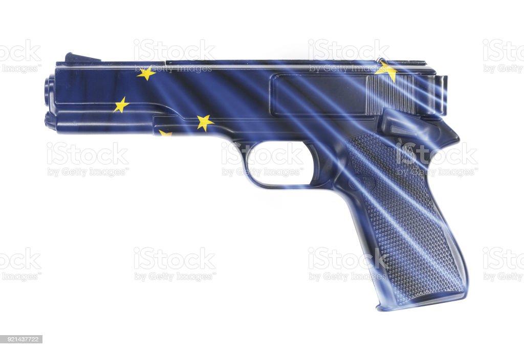 Arma, envolvida na bandeira do estado de Alaska - foto de acervo