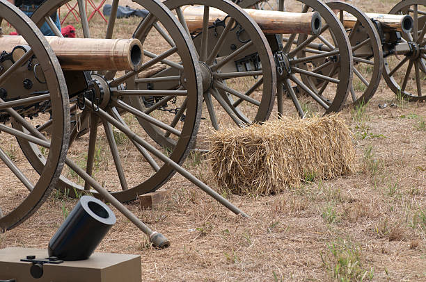 Canons Canons civil war memorial minnesota stock pictures, royalty-free photos & images