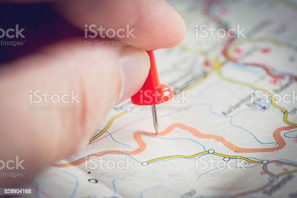 Guy Planung für eine Reise - Lizenzfrei Abenteuer Stock-Foto