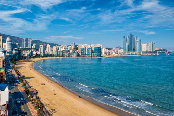 釜山の広安里バイビーチ, 韓国 - 釜山 ストックフォトと画像