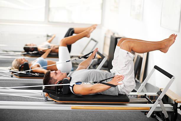 ginástica de pilates - membro parte do corpo - fotografias e filmes do acervo