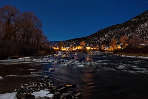Crépuscule de gypse Colorado Eagle River s'allume réflexions - Photo