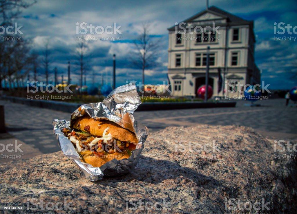 gyro sandwich to go foto stock royalty-free