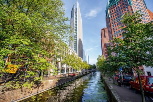 haag stad in nederland - den haag stockfoto's en -beelden
