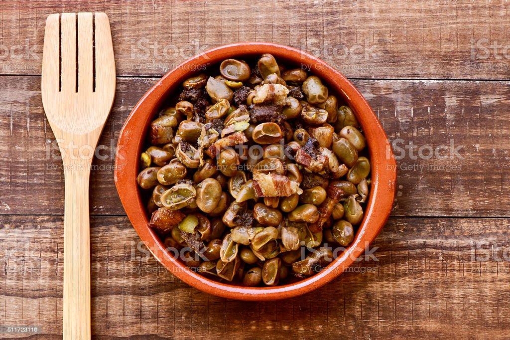 habas a la catalana, spanish recipe of broad beans stock photo