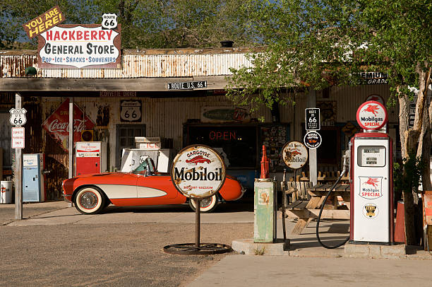 hackberry general store - route 66 stock-fotos und bilder
