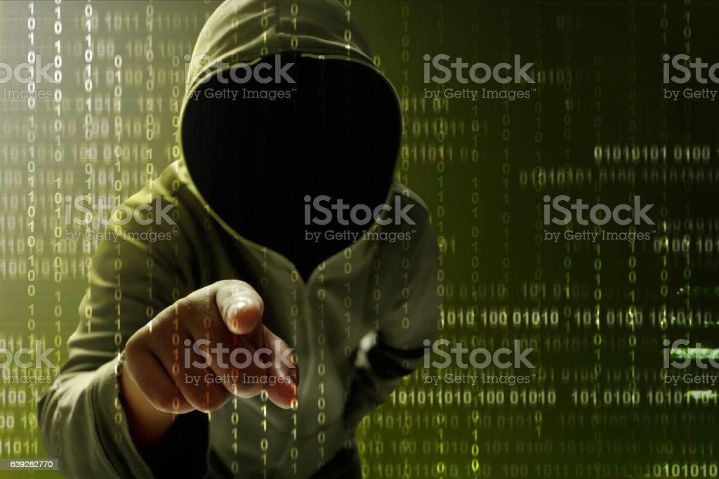Hacker searching data – Foto