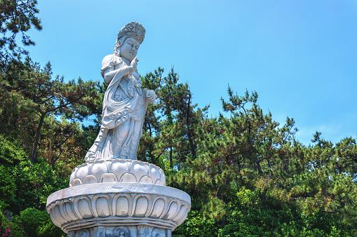 Haedong Yonggungsa 寺院 - 人物なしのストックフォトや画像を多数ご用意