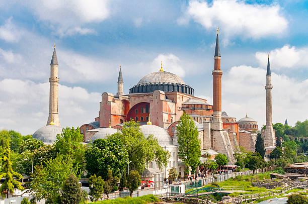 hagia sophia or ayasofya mosque, istanbul. - eminonu district stockfoto's en -beelden