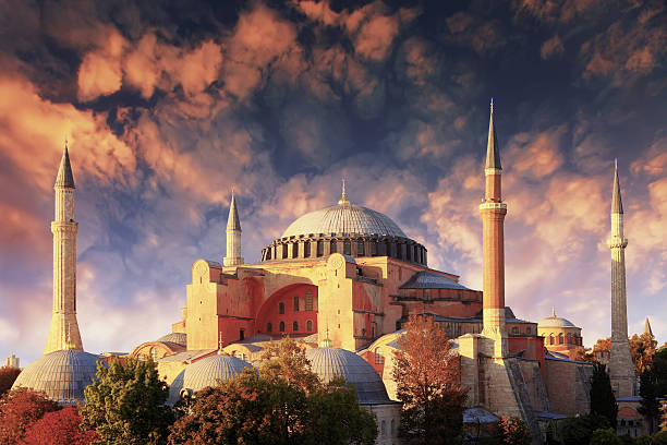 собор святой софии (hagia sophia) - стамбул стоковые фото и изображения