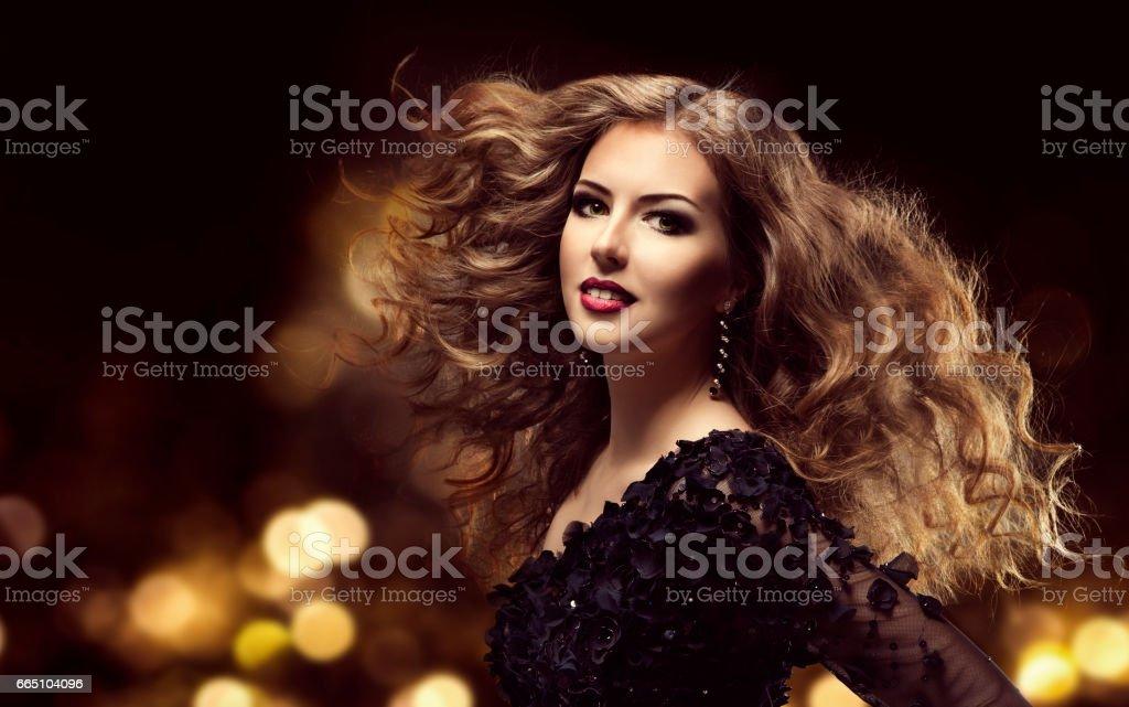 Coupe de cheveux long femme mode