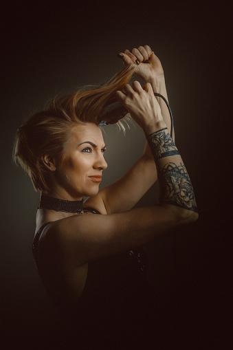 美髮師肖像 照片檔及更多 30歲到34歲 照片