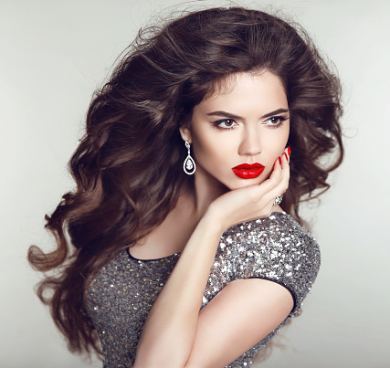 hairstyle luxury jewelry beauty fashion girl model