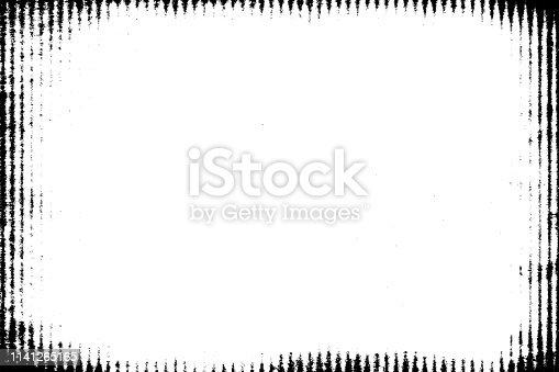 1141265505istockphoto Halftone monochrome grunge vertical lines texture. 1141265165
