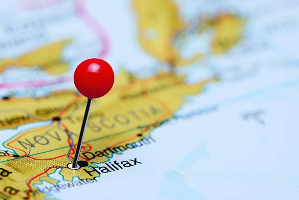 halifax steckern auf einer karte von kanada - nova scotia halifax stock-fotos und bilder