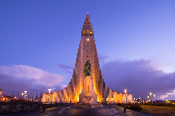 Hallgrimskirkja Cathedral in Reykjavik, Iceland Hallgrimskirkja Cathedral in Reykjavik, Iceland Hallgrímskirkja church stock pictures, royalty-free photos & images