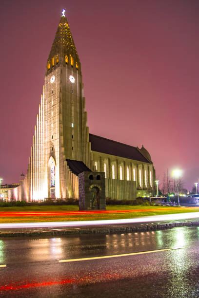 Hallgrimskirkja cathedral Reykjavik Iceland Hallgrimskirkja modern cathedral at night in capital of Iceland Hallgrímskirkja church stock pictures, royalty-free photos & images