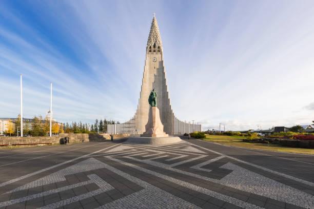Hallgrímskirkja church in Reykjavík Reykjavik, Iceland, Hallgrimskirkja, Church, Famous Place Hallgrímskirkja church stock pictures, royalty-free photos & images