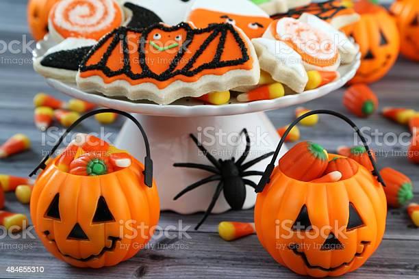 Halloween background picture id484655310?b=1&k=6&m=484655310&s=612x612&h=zirmxiqp83vieu1fviq3xyuyihmuh glhlpkmg1gyya=