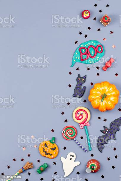 Halloween background with decorations black cat bats witches hat and picture id1042377088?b=1&k=6&m=1042377088&s=612x612&h=atrd31646j76vxy9ayobe3ybev2zkwqzftog7qomoai=