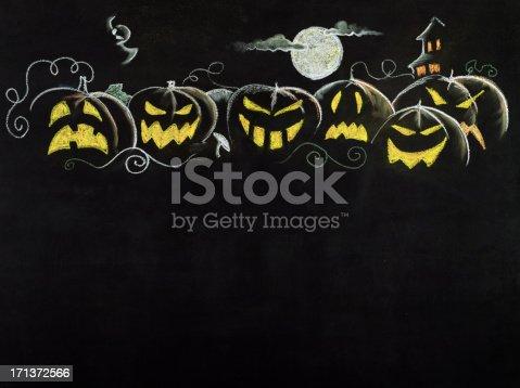 istock Halloween Border 171372566