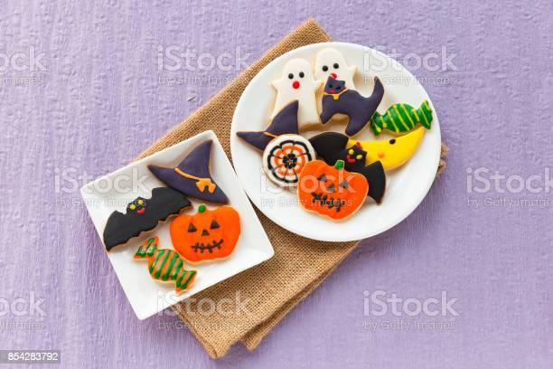 Halloween cookies picture id854283792?b=1&k=6&m=854283792&s=612x612&h=5lr2ziw1ajaorjwbpqovc0eyk4uzfkbng91vuvxy9mq=