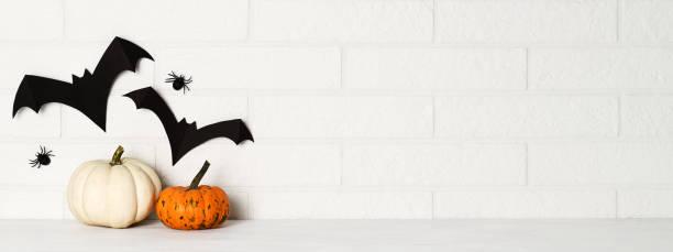 cadılar bayramı dekorasyonu - halloween background stok fotoğraflar ve resimler