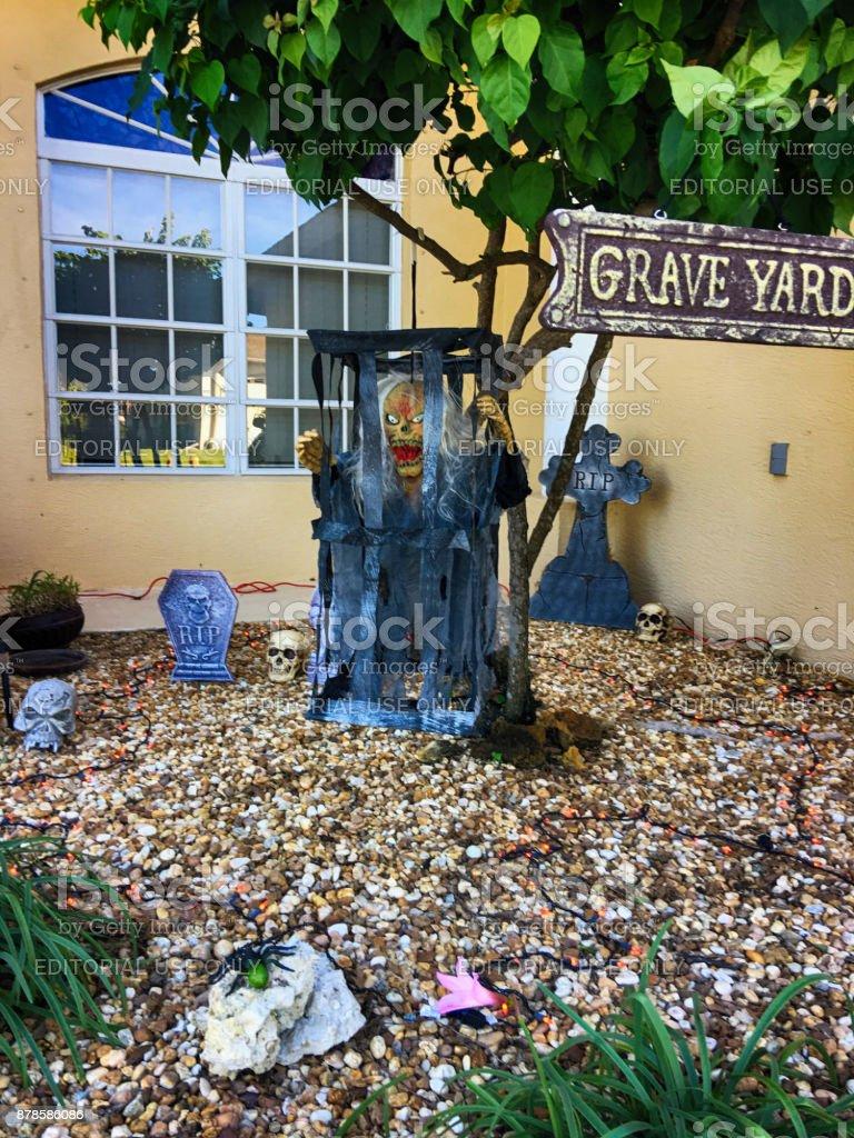 Halloween Dekorationen Vor Einem Haus In Port Charlotte Fl Usa Stockfoto Und Mehr Bilder Von Das Bose Istock