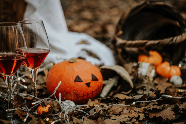 Halloween event concept picture id1182697281?b=1&k=6&m=1182697281&s=612x612&w=0&h=zuihd3dglithrvzfied0b02yeak7dbohkfozh5zvd 0=