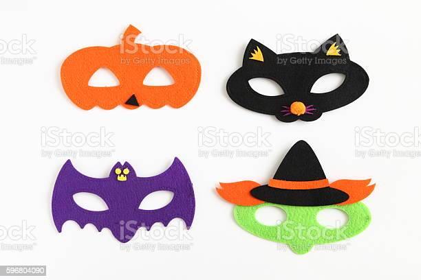 Halloween eye masks for kids picture id596804090?b=1&k=6&m=596804090&s=612x612&h=n3wmwrgm3ms51fc32lyrg3bqbgy527eyd bw9gcbi1c=