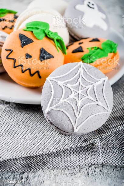 Halloween macaron cookies picture id1050665478?b=1&k=6&m=1050665478&s=612x612&h=3wvepo iuqbeehnhx0bmeyunrrv1ybbescxf vblff8=
