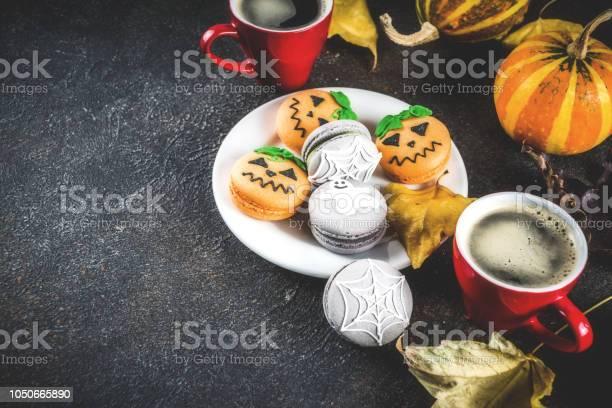 Halloween macaron cookies picture id1050665890?b=1&k=6&m=1050665890&s=612x612&h=jirxff00urgwtrm6 tyozysco1pztedkuobgdpu2ut4=