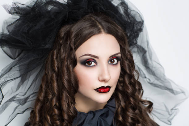 halloween make-up - vampir schminken frau stock-fotos und bilder
