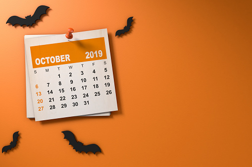 istock Halloween October 2019 Calendar Orange Background 1171005096
