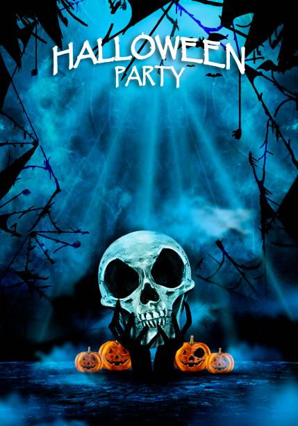 halloween party schädel flyer - halloween party einladungen stock-fotos und bilder