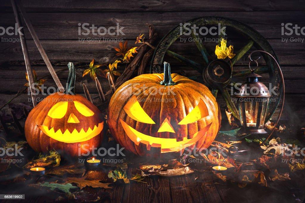 Foto De Halloween Pumpkin Head Jack Lantern E Mais Fotos De Stock De Alemanha Istock
