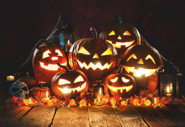 halloween pumpkins - halloween fotografías e imágenes de stock