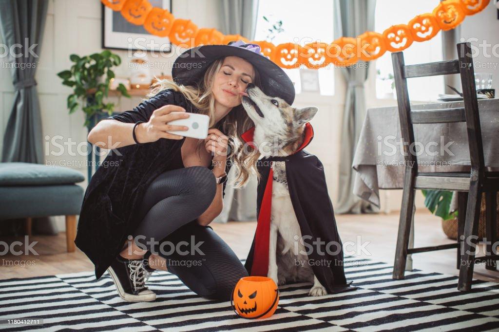 Halloween selfie - Royalty-free 40-44 jaar Stockfoto