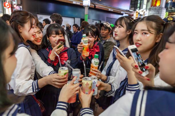 halloween shibuya tokio 2018 - tokyo cosplay stock-fotos und bilder