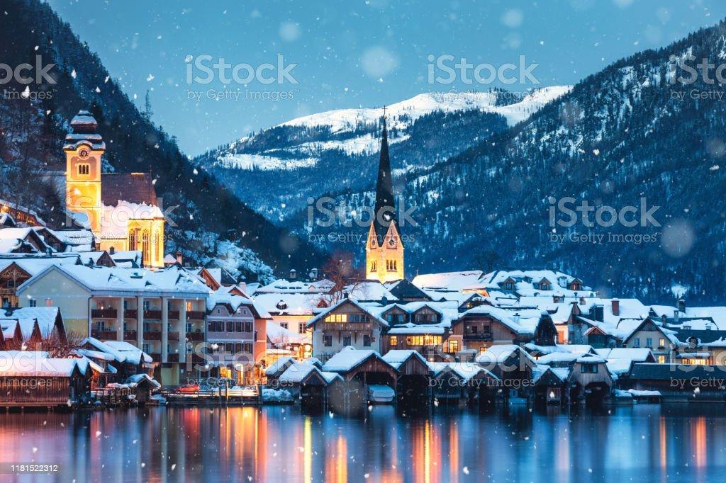 Hallstatt en hiver - Photo de Noël libre de droits